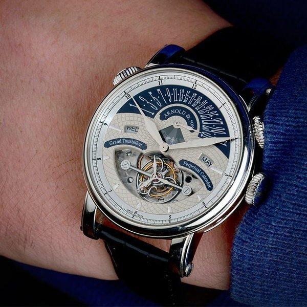 В тосно работы ломбарда часы swiss в стоимость часов army victorinox